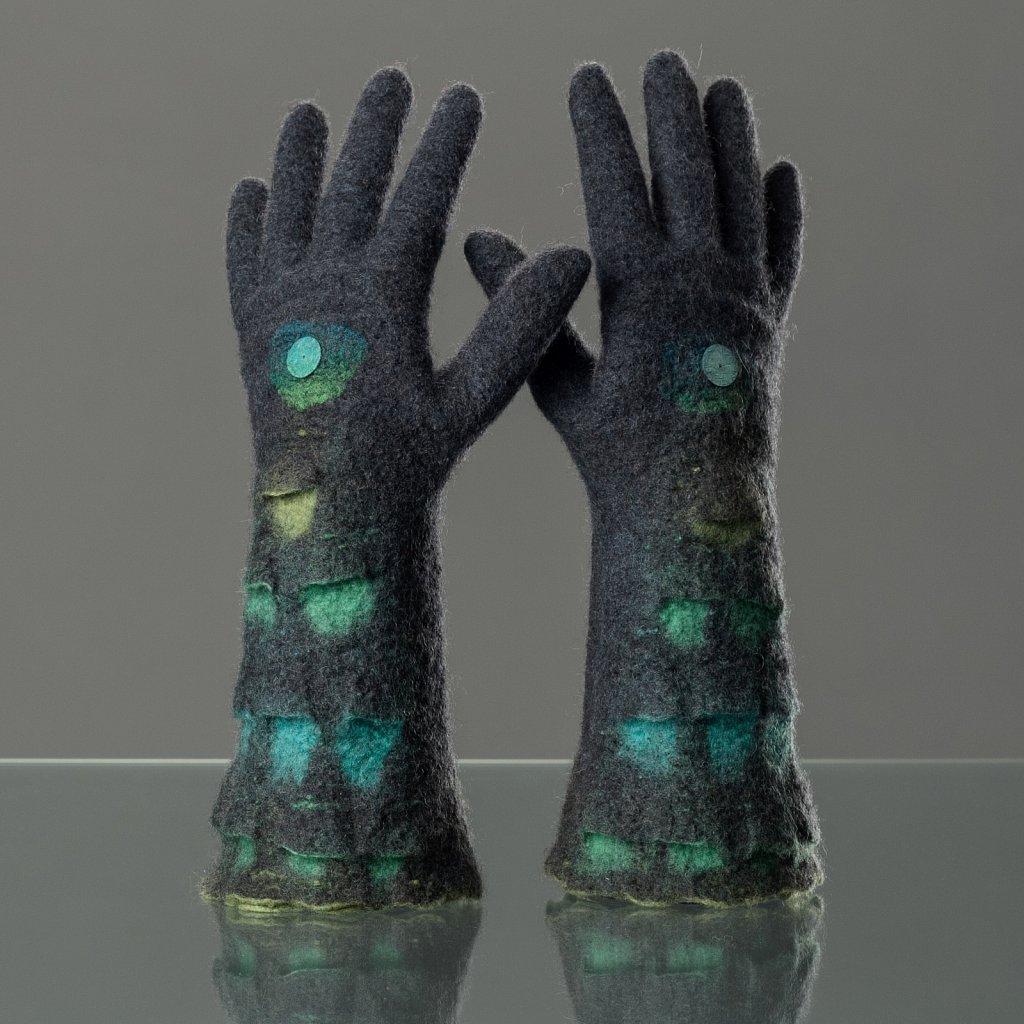 Handschuhe-Schuppen-01.jpg
