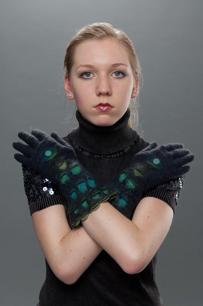 Handschuhe-Schuppen-02.jpg